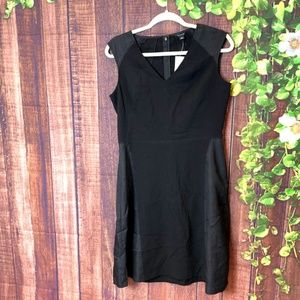 Ann Taylor: Black Sleeveless Fit And Flare Dress